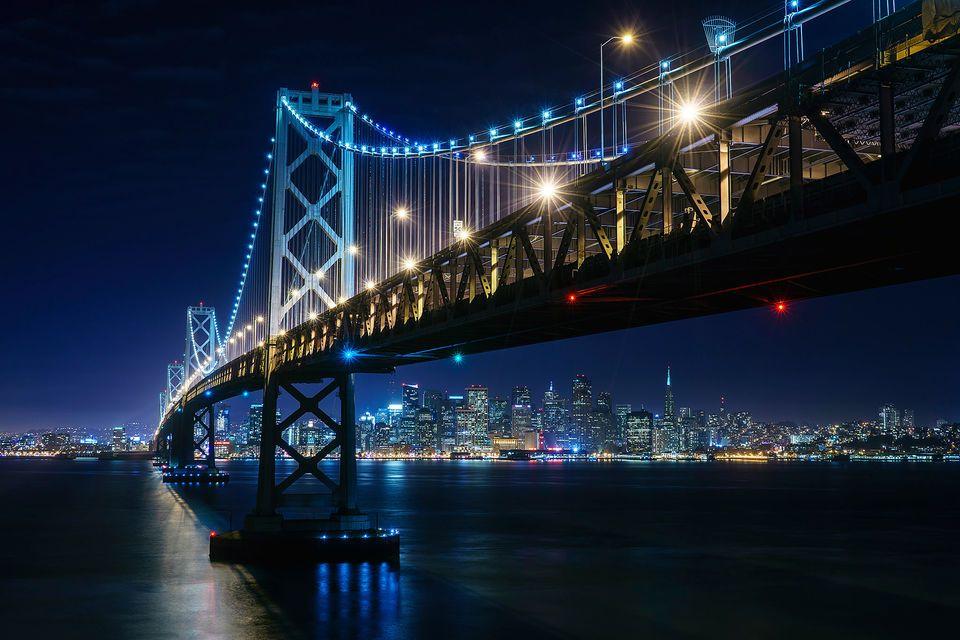 Bay-Bridge-at-Night-960x640.jpg